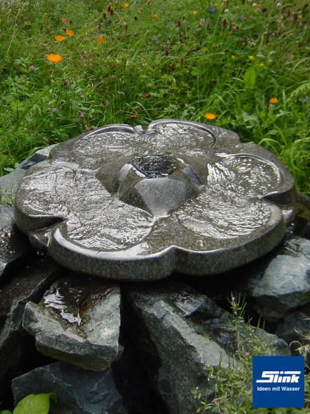 Gartenbrunnen Quellstrom