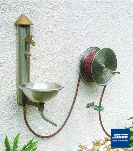 Wasserpaneel mit Edelstahlbecken