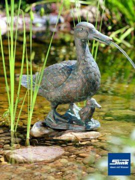 Bronzefigur Stockente mit Küken