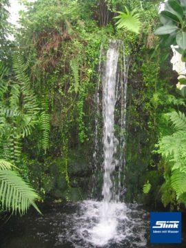 Großanlage Privat-Wasserfall