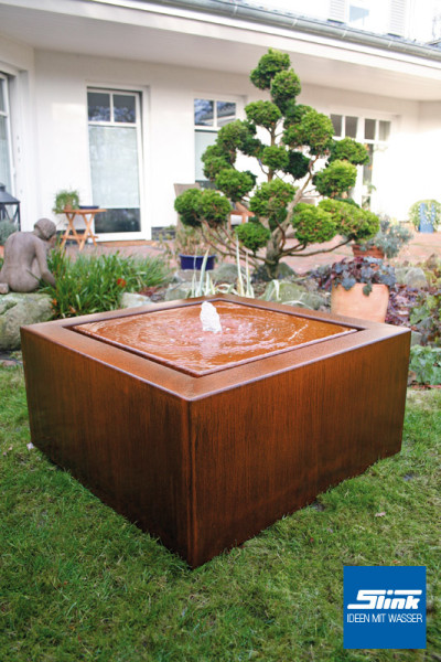 cortenstahlbrunnen cortenstahl kubus tisch slink ideen mit wasser. Black Bedroom Furniture Sets. Home Design Ideas