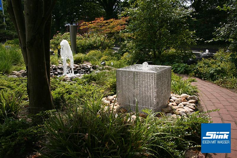 Edelstahlbrunnen Garten Designerbrunnen modern Edelstahl-Gartenbrunnen Gartenspringbrunnen Gewebe