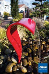 Garten-Wasserfall_farbig_Wasserschuette_Garten_Designergarten_Wasser_im_GArten