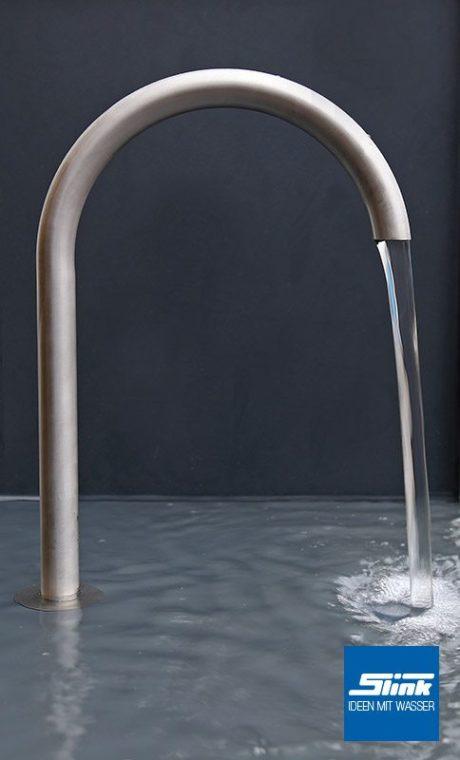 Wasserauslauf Edelstahl geschwungene Form Edelstahl-Wasserhahn Garten Teich Design