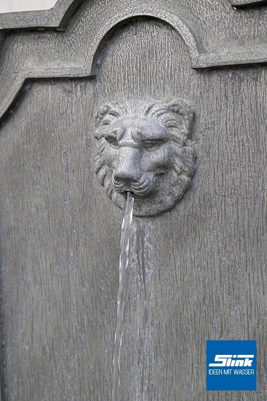 Wandbrunnen aus Zink mit Löwenkopf als Wasserspeier Zinkbrunnen mit Wasserauslauf verziert Gartenbrunnen Springbrunnen Wasserspiel Gartengestaltung