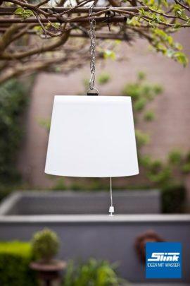 Lasolar Pendel-Solarleuchte für den Garten klein