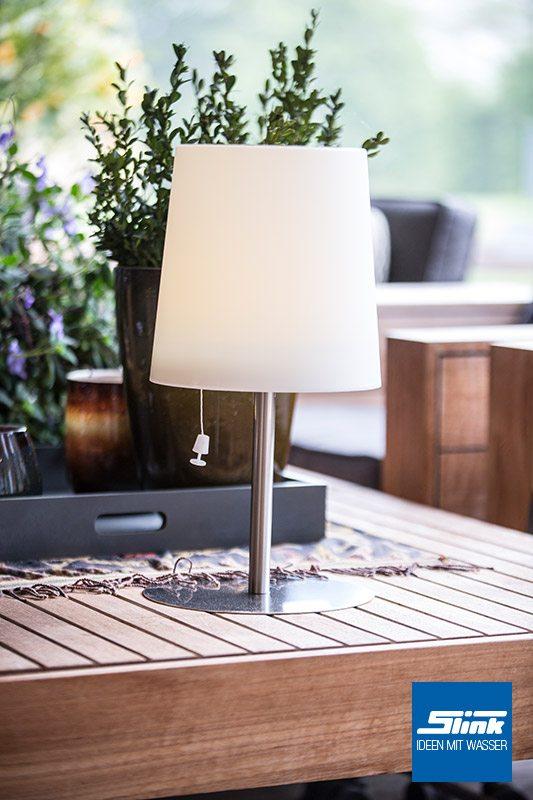 lasolar steh solarleuchte f r den garten klein slink ideen mit wasser. Black Bedroom Furniture Sets. Home Design Ideas