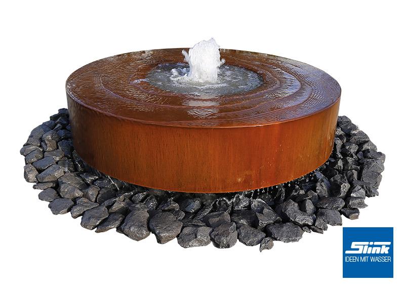 Gartenbrunnen Cortenstahl-Mühlstein - Slink | Ideen mit Wasser