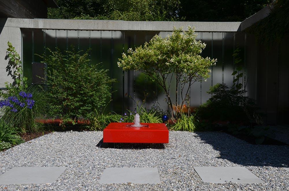 Kubusbrunnen schönes Design formale Gärten Brunnen Springbrunnen Wasserfontäne