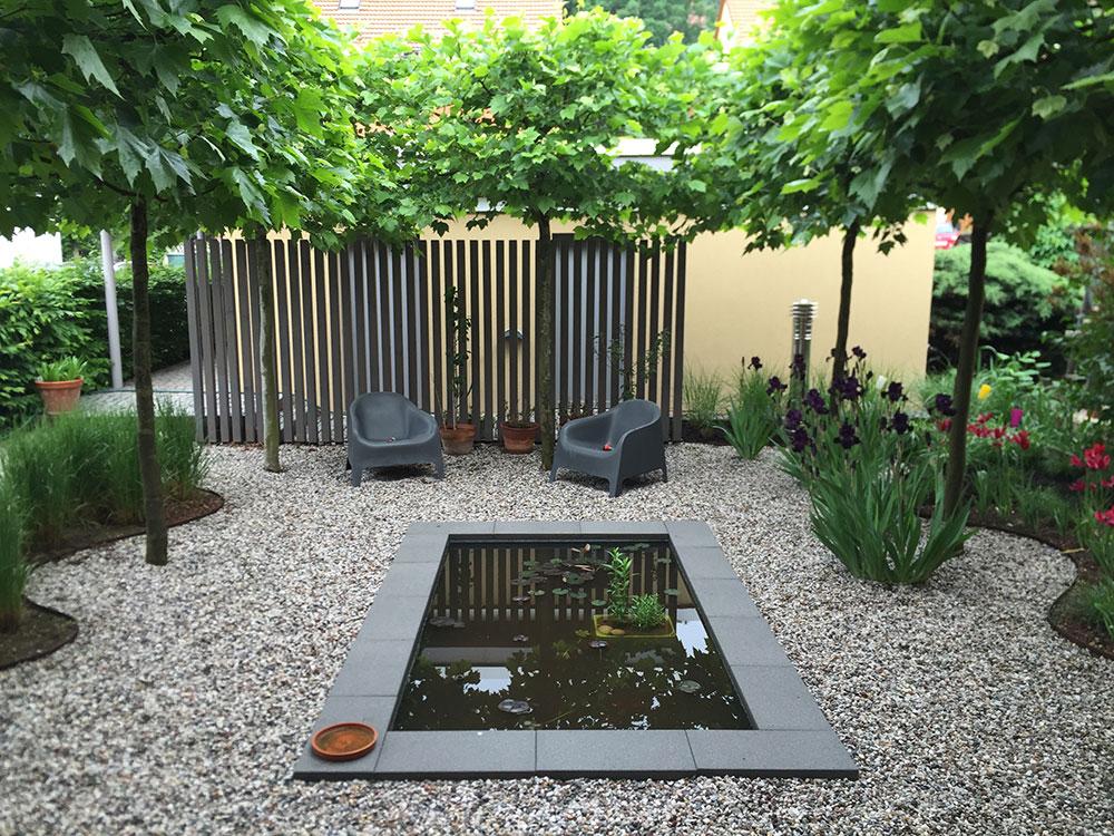 Moderne Gartengestaltung Mit Rechteckigem GFK Wasserbecken