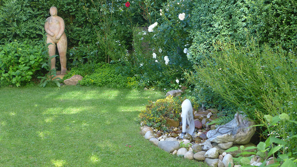 Ideen mit Wasser im Garten Sprudler Garten Brunnen Quellsprudel Fontänenbrunnen