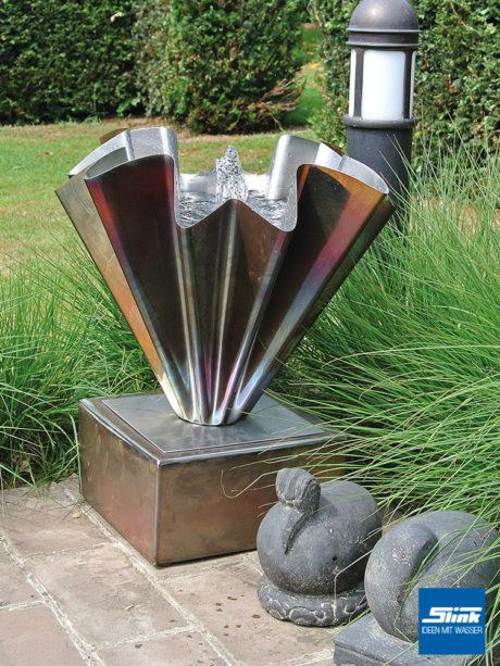 Gartenbrunnen, Edelstahlbrunnen, kunstvoller Brunnen für den Garten, Designerbrunnen kaufen, exklusive Gartenbrunnen, Gartendesign