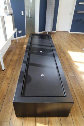 Designerbrunnen Aluminium-Rechteck-Tisch Sonderanfertigung 300 x 80 x 40 – mit optischen Mängeln