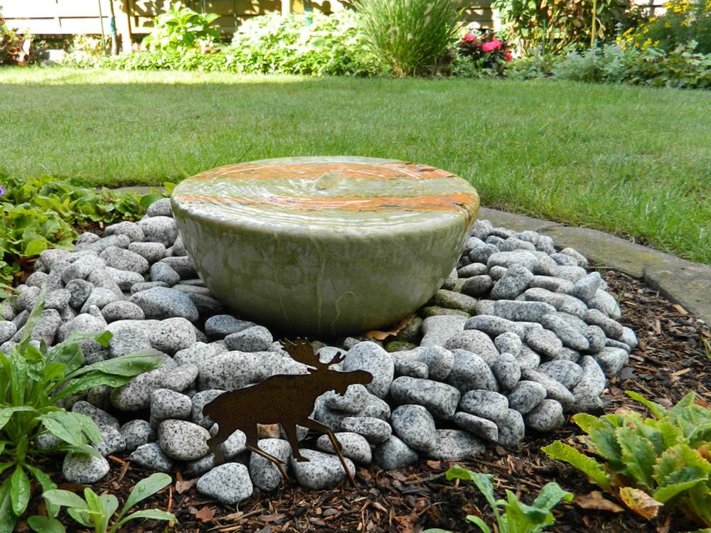 Keramik-Wasserspiel, Brunnen im Garten, Zierbrunnen Keramik, Kunst, Handwerk