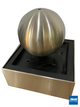 Edelstahlbrunnen Globus-Fountain 50 auf Edelstahlbecken