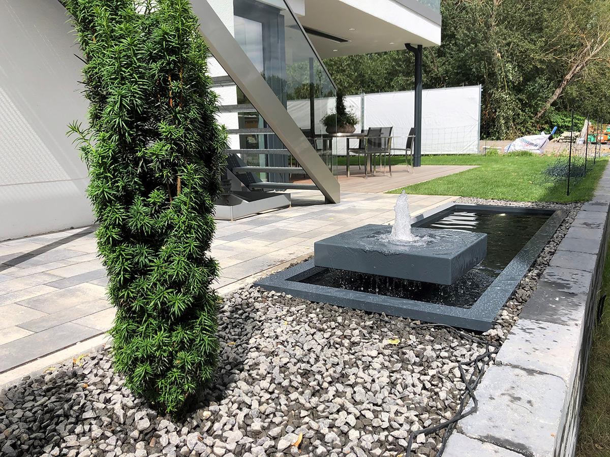 Alubrunnen; Gartendesign, architektur, Terrassengestaltung, Wasser, Garten, modern