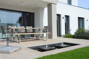 Moderner Gartenbrunnen, Designerbrunnen, GFK-Becken, Wasserbecken, Teichbecken, Odeen