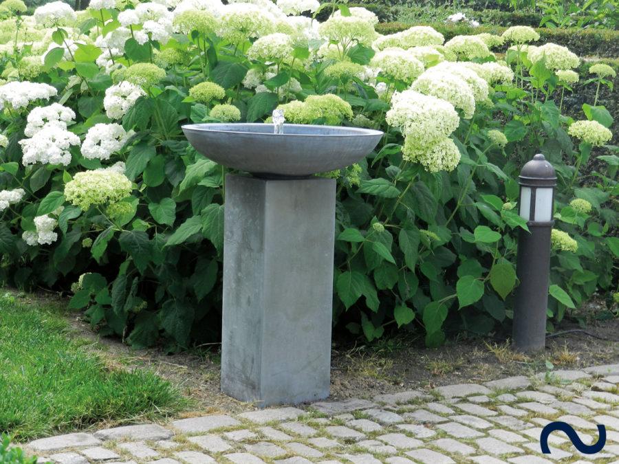 Slink Toulouse Zinkbrunnen Terrassenbrunnen Gartenbrunnen modern