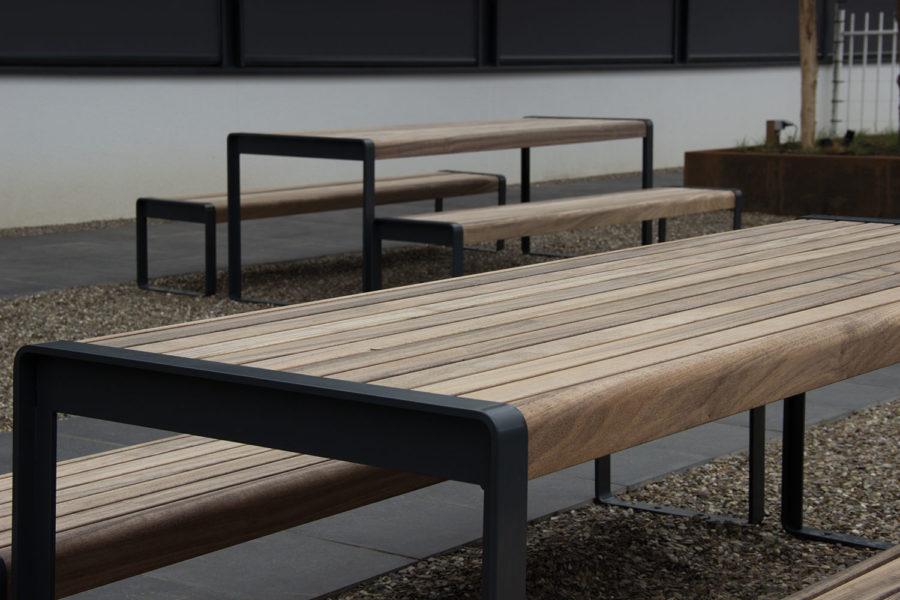 Slink Designer-Gartenmoebel-Set Rest Picknick-Bank Tisch Holz-Alu modern