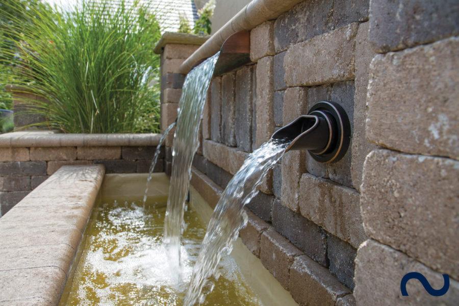 Slink Wasserspeier Bauteil Wand Kupfer Bronze Design Garten-Wasserfall Teich