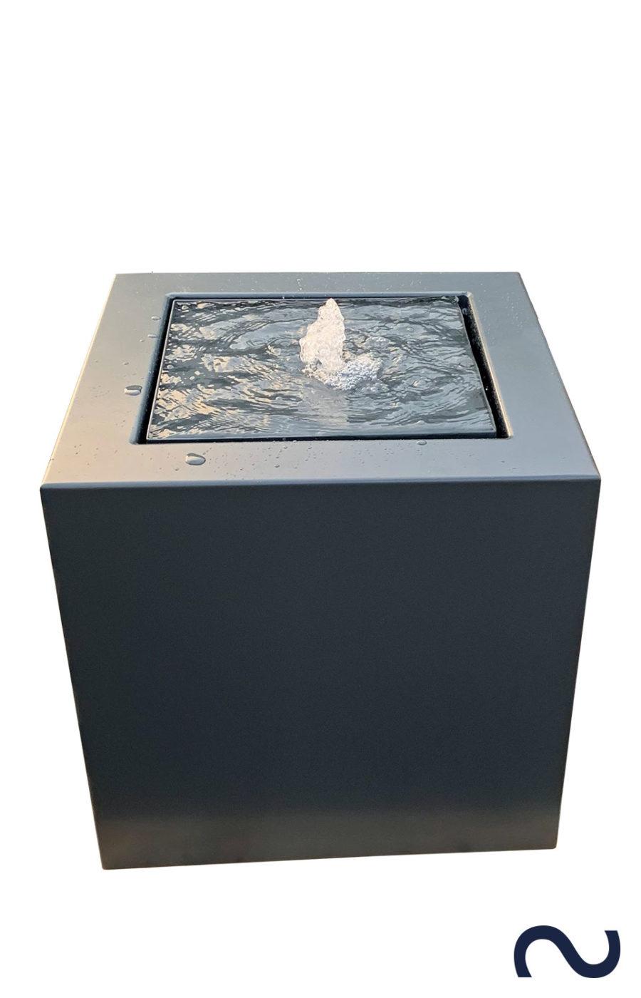Slink Wassertisch Alubrunnen modern alu-kubus 60x60x60